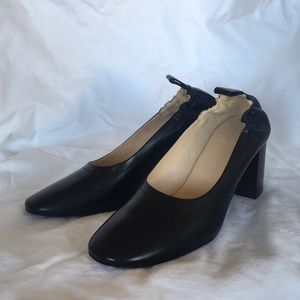 Absolutely brand new Everlane day high heels